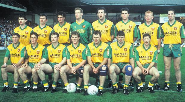 The Donegal All-Ireland winning team of 1992. Back row: Matt Gallagher, John Joe Doherty, Noel Hegarty, Gary Walsh, Brian Murray, Barry McGowan, Declan Bonner, Donal Reid. Front row: Martin McHugh, Joyce McMullen, Manus Boyle, Tony Boyle, Anthony Molloy, Martin Gavigan, James McHugh