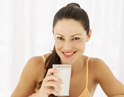 A new study has shown that, for women, a glass of milk a day can keep osteoarthritis at bay