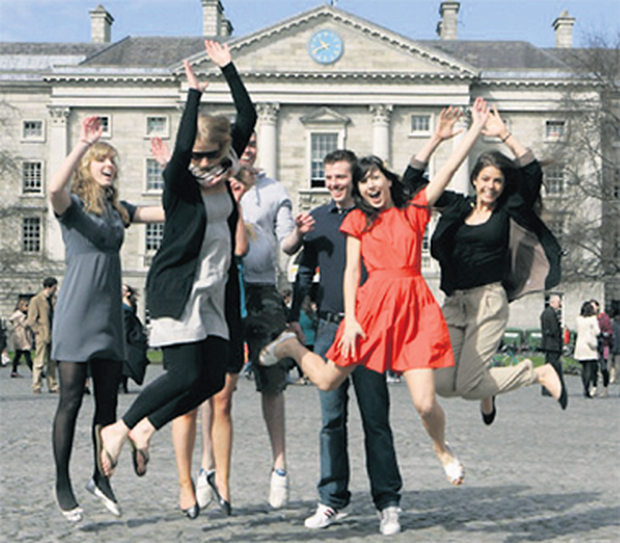 Trinity College Dublin (TCD) and University College Dublin (UCD) remain outside the top 100 in the latest 'Times Higher Education World University Rankings'.