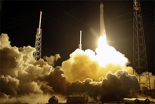 The SpaceX Falcon 9 rocket lifts off from Space Launch Complex 40 at the Cape Canaveral Air Force Station