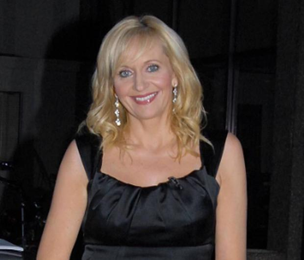 RTE presenter Miriam O'Callaghan will switch off the analogue broadcasting signal at RTE headquarters in Dublin live on air at 10am today.
