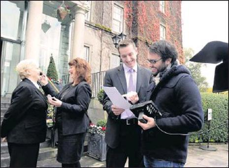 Adrian McCarthy (right) of Ktown Media with Susan MacMonagle, Michelle King and Bjorn Minnie putting the finishing touches to the TV Advertising for The Malton, Killarney. Credit: Galvin Photo by Michelle Cooper