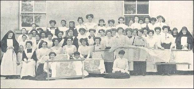 The Sisters of Charity and their lace makers pictured at Banada Abbey in the early 1900's.