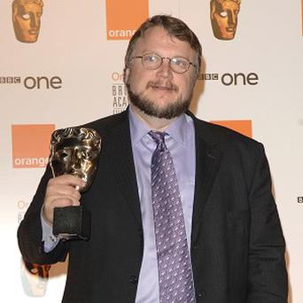Guillermo Del Toro will direct a remake of Haunted Mansion