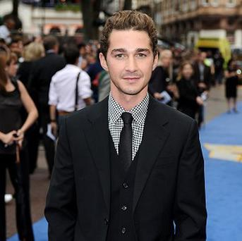 Shia LaBeouf can be seen on leaked footage of the Transformers 3 set