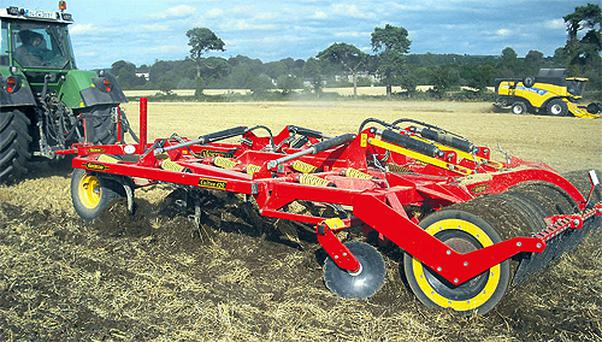Improved soil structure often helps aeration and the water-holding capacity of the soil, which makes cultivation easier and allows better utilisation of water