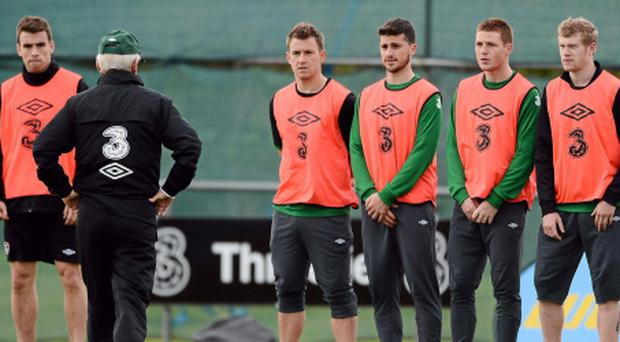13 November 2012; Republic of Ireland manager Giovanni Trapattoni with players, left to right, Seamus Coleman, Simon Cox, Shane Long, James McCarthy and James McClean during squad training ahead of their side's Friendly International against Greece on Wednesday. Republic of Ireland Squad Training, Gannon Park, Malahide, Dublin. Picture credit: David Maher / SPORTSFILE