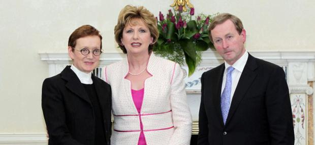 9-3-11 NEW CABINET SEALS OF OFFICE ARAS AN UACHTARAIN.PIC SHOWS MS. MARIE WHELAN, SENIOR COUNSEL WHO WAS APPOINTED ATTORNEY GENERAL WITH PRESIDENT MARY MCALEESE AND TAOISEACH ENDA KENNY. PIC MAXWELLS, NO FEE