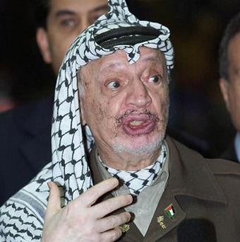 Experts are to exhume Yasser Arafat's body to try to clear up some of the mystery surrounding his death