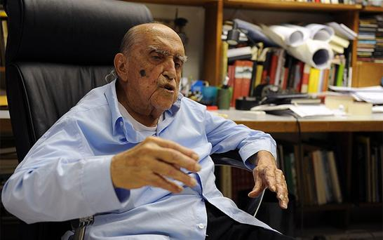 Oscar Niemeyer, a towering patriarch of modern architecture who shaped the look of modern Brazil and whose inventive, curved designs left their mark on cities worldwide, has died. He was 104. Photo: Getty Images