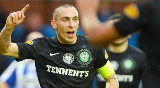 Celtic's Scott Brown celebrates his goal against Kilmarnock during their Scottish Premier League soccer match at Rugby Park in Kilmarnock, Scotland December 8, 2012. REUTERS/Russell Cheyne (BRITAIN - Tags: SPORT SOCCER)
