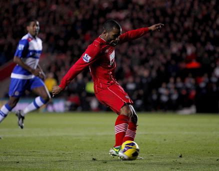 Southampton's Jason Puncheon scores his teams first goal of the game during the Barclays Premier League match at St Mary's, Southampton. PRESS ASSOCIATION Photo. Picture date: Saturday December 8, 2012. See PA Story SOCCER Southampton. Photo credit should read: Chris Ison/PA Wire. RESTRICTIONS: Editorial use only. Maximum 45 images during a match. No video emulation or promotion as 'live'. No use in games, competitions, merchandise, betting or single club/player services. No use with unofficial audio, video, data, fixtures or club/league logos.