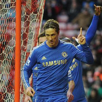 Rafael Benitez believes Fernando Torres, right, is showing more confidence