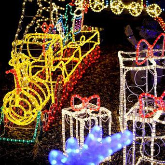 An Arizona woman who could not compete with her neighbour's Christmas light display had a creative response