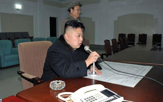 Kim Jong-Un gives the final order for the launch of the Unha-3 rocket. Photo: Getty Images