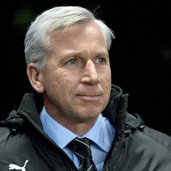 Alan Pardew is hoping to attract new players in January
