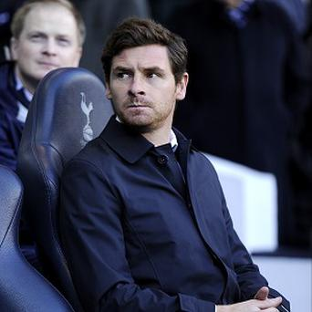 Andre Villas-Boas wants to guide Spurs above Arsenal