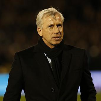 Alan Pardew is hopeful of keeping hold of his stars at Newcastle