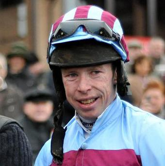 Andrew Lynch won the McCarthy Insurance Group Maiden Hurdle on Dalasiri