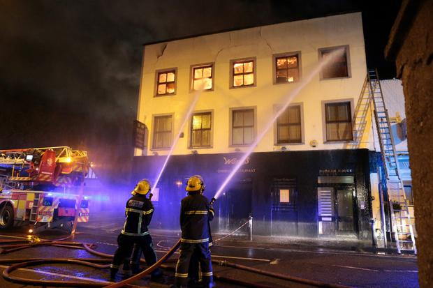 8/1/13 11 units of the Dublin fire brigade fight a fire at Wongs restaurant in Ranelagh, Dublin. Picture:Arthur Carron/Collins
