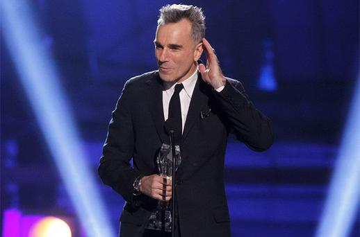 Daniel Day-Lewis accepts the 'Best Actor' award for 'Lincoln' at the 2013 Critics' Choice Awards Photo: Reuters