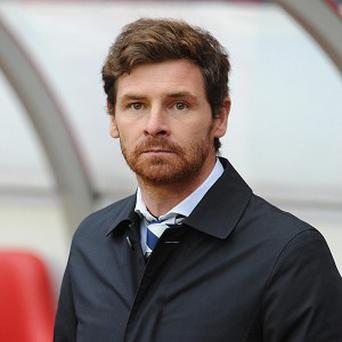 Harry Redknapp says there are no problems between himself and Andre Villas-Boas, pictured