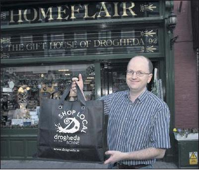 Raymond Scullion from Homeflair with the new Drogheda bag.