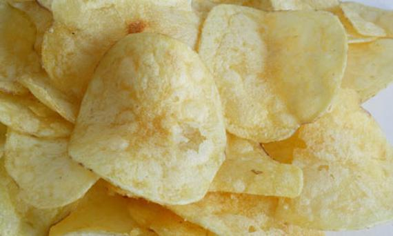 Portion big bags of crisps into airtight containers