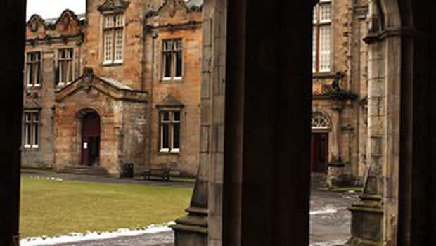 The Kate Kennedy Club at St Andrews University will finally let in women after 86 years