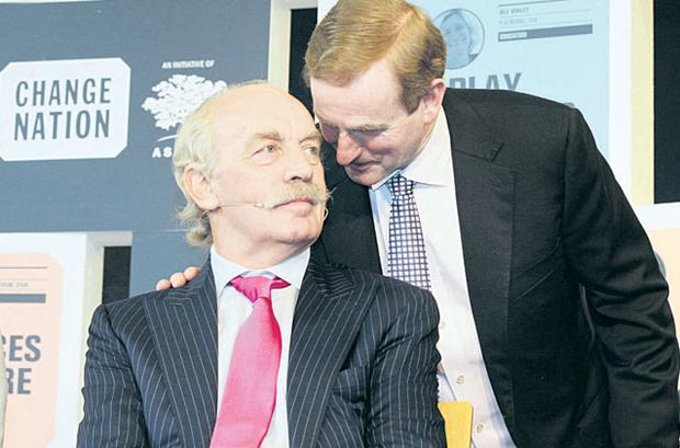 Taoiseach Enda Kenny and Dermot Desmond at the Change Nation event at Dublin Castle yesterday