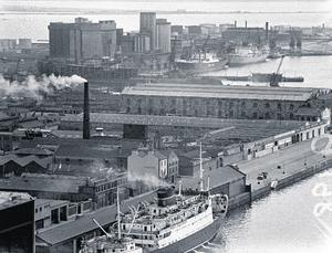 The Liffey landscape has changed considerably since the days of ferries like the MV Munster