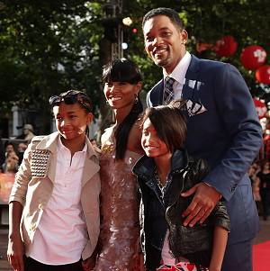 Will Smith could be set to remake Annie, with daughter Willow in the lead role