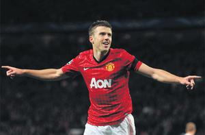 Manchester United's Michael Carrick celebrates after giving his side the lead against Galatasaray