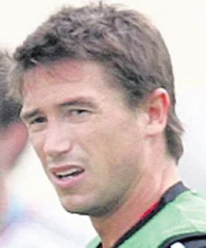 Harry Kewell: desperate to win Liverpool place back