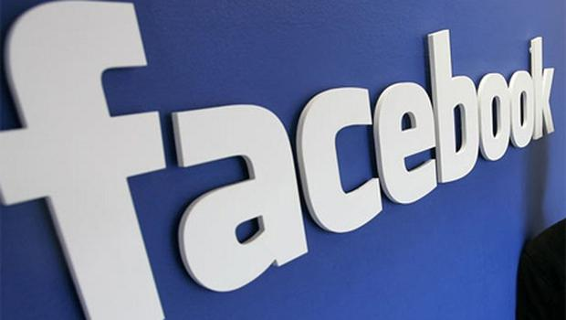Twitter and Facebook encourage people to say things they regret, a study suggests