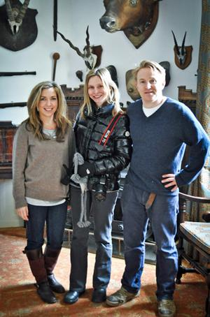 Calista Flockhart with Huntington Castle owners Alexander Durdin Robertson and wife Clare.