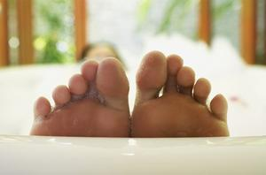 The ritual of bathing in Japan is less about washing but more about relaxing at the end of the working day. Photo: Getty Images