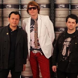 Manic Street Preachers have pledged money to the miners' appeal