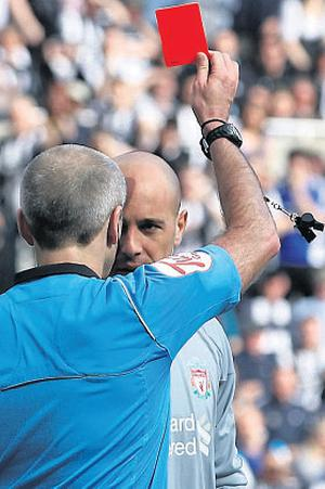 Reina is sent off for the altercation
