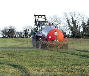 However, by optimising timings and switching from traditional splashplate systems, you can up the nutrient benefits of slurry