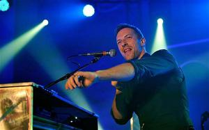 No smoke or mirrors: Chris Martin of Coldplay performs on day 3 of Mencap's Little Noise