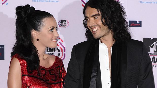 U.S. singer Katy Perry (L) and her husband British actor Russell Brand pose on the red carpet. REUTERS/Susana Vera