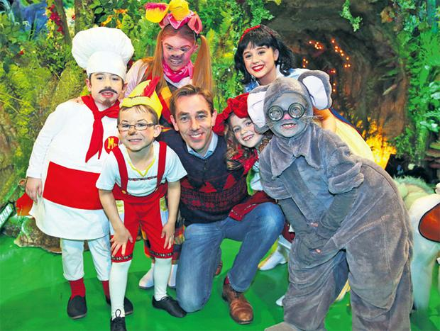Ryan Tubridy with Muffin Man Jem O'Connor, Pinocchio Dylan O'Connor (also left), Pig Jessica Hayes, Little Red Riding Hood Tess Regan, Snow White Emma Larney and Mouse Molly McLoughlin