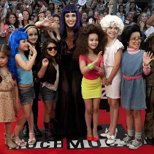 Katy Perry was photographed with a line-up of mini lookalikes