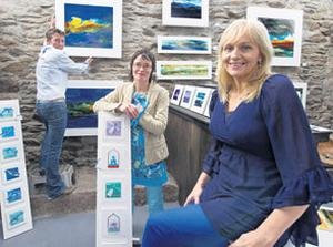 Miriam O'Callaghan with artists Sarah Williams and Sioban Fawl at the opening of Salamander Gallery in Cathair an Treantagh, near Ventry, Co Kerry