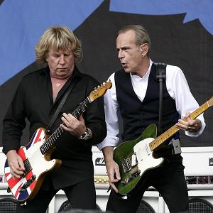 Rock veterans Status Quo are to reunite their classic original line-up for a series of shows next year, they have announced