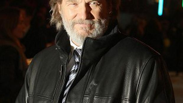 Jeff Bridges is among the presenters at the upcoming Golden Globes