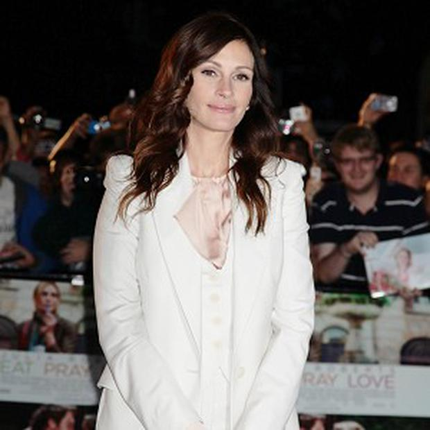 Julia Roberts is being lined up for Second Act