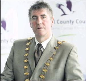 Mayor of Fingal Ken Farrell has dismissed attempts to cut the extra allowances paid to the mayor as a 'publicity stunt'.
