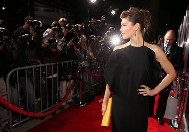 The newly-married actress walked the red carpet in a stunning Gucci number.